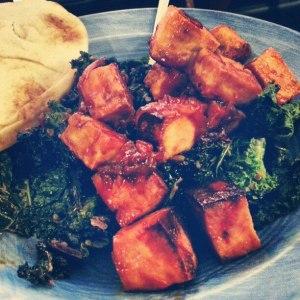Tofu glazed sriracha